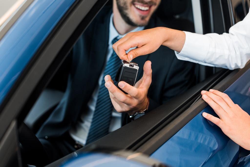 сколько действует договор купли продажи автомобиля